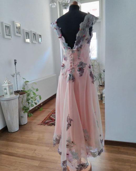 f97c56515466 Jota Matiaki Designer   Ρούχα Γάμου Κοζάνη – Φορέματα γάμου κοζάνη.  xeiropoiita-foremata-kozani-haute-couture-0